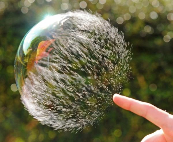 bubbel-knalt-uit-elkaar