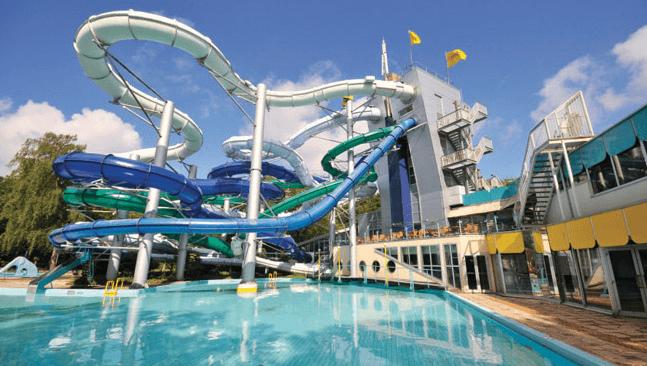 Mooie Zwembaden Nederland : Top beste waterglijbanen nederland